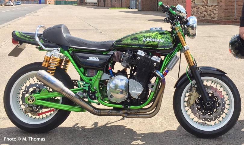 Kawasaki with Kineo Wheels White, Black and Green